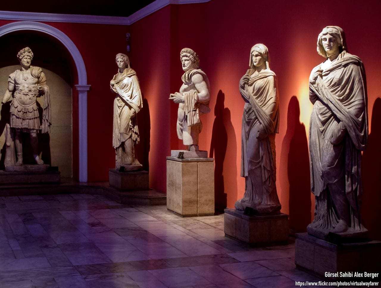 Antalya Müzesi Eserleri